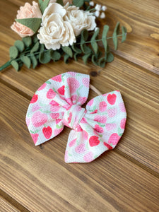 Strawberries Fabric bow / 5inch