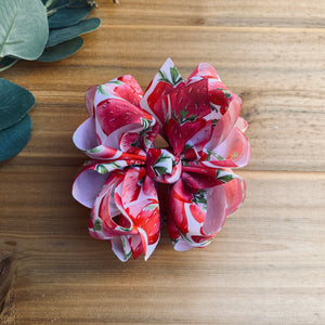 Strawberry Print Hair Bows - LilaReneeCreations