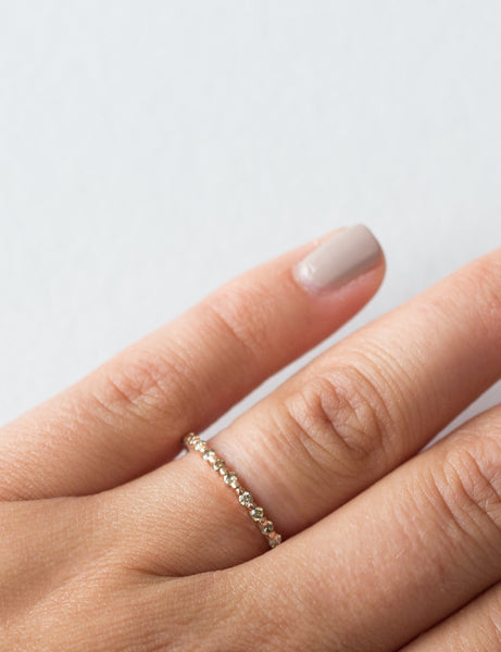 ÉTOILE FLOATING ETERNITY RING
