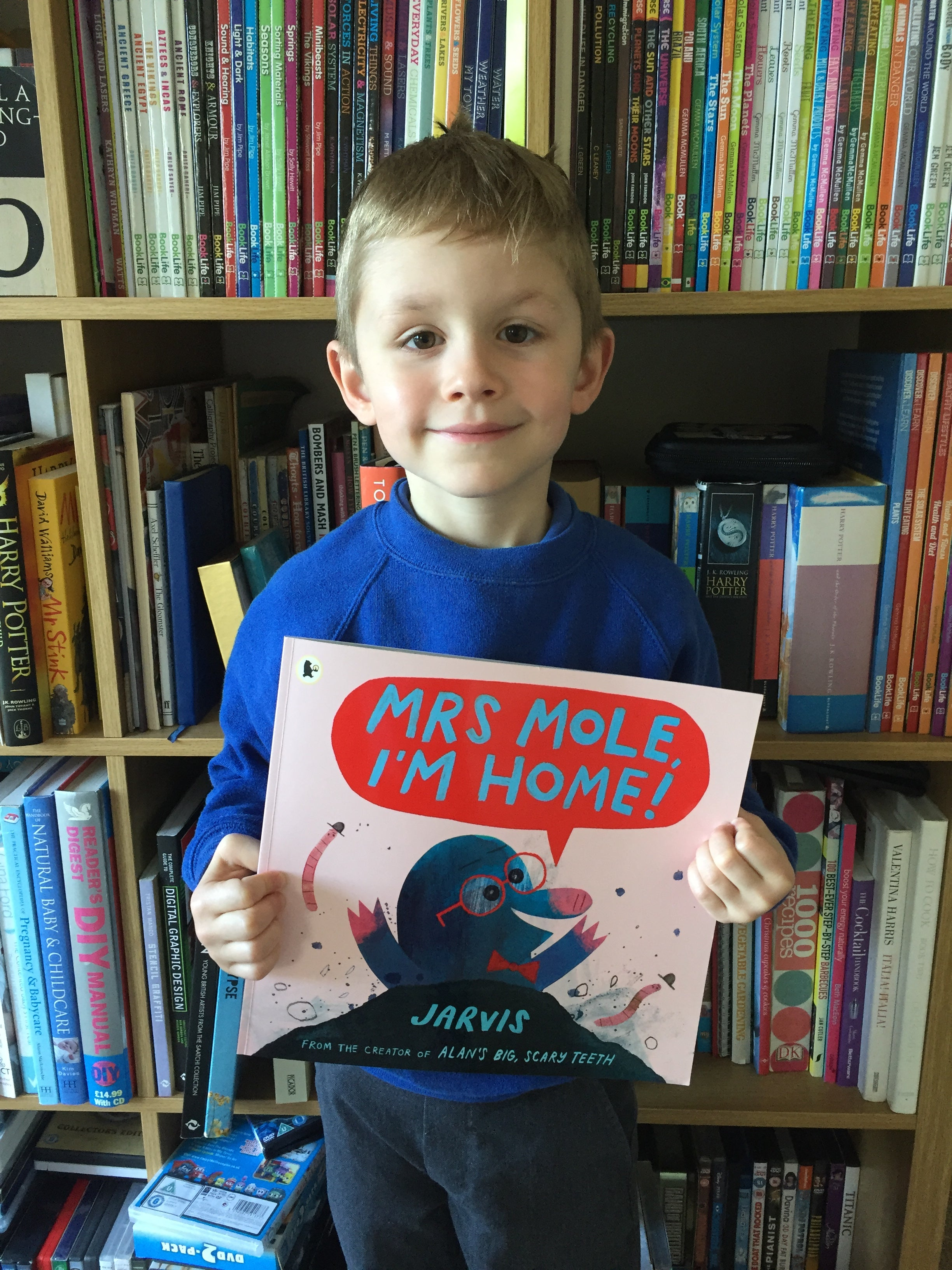 Finlay reviews Mrs Mole, I'm Home