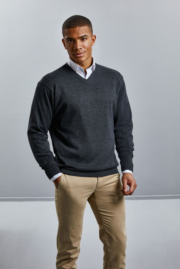 R710M - V-Neck Knitted Pullover