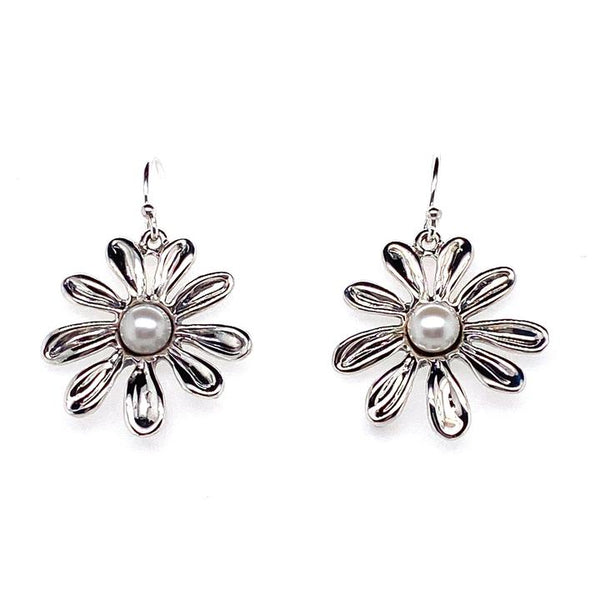 Daisy Flower & White Pearl Earrings | LBJ/1353