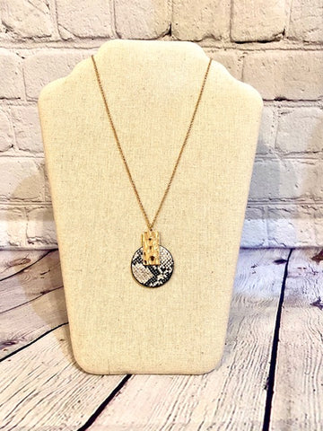 Snake Print Circle w/Gold Bar Necklace 20""