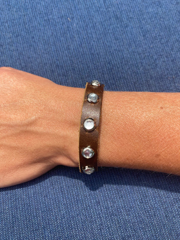 Brown Leather Bracelet with Rhinestones
