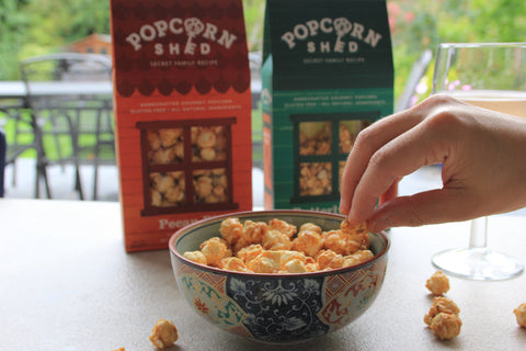 GO NUTS! GOURMET POPCORN STYLE