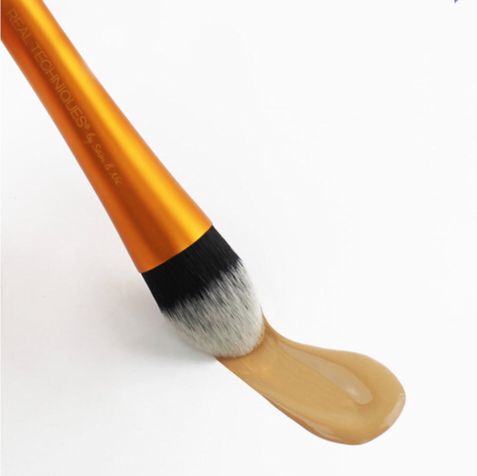 RTIST FOUNDATION BRUSH