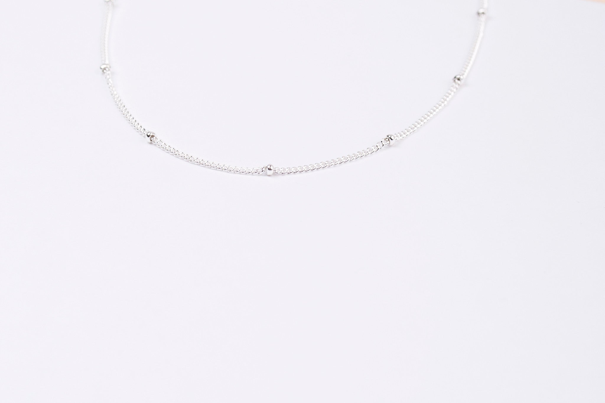 DUST NECKLACE