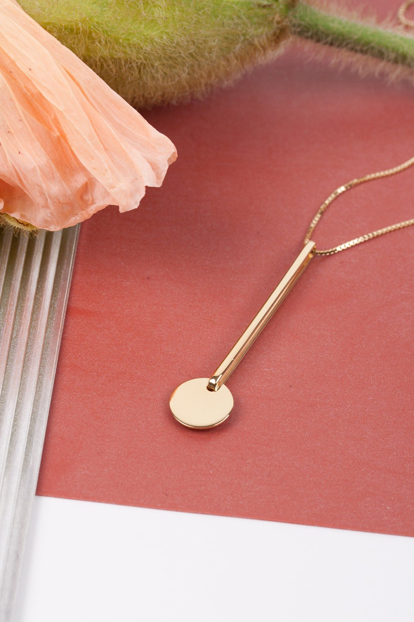 PENDUL NECKLACE