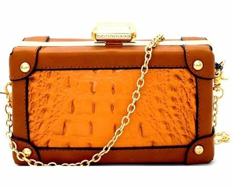 """Carrie"" Crossbody Bag"