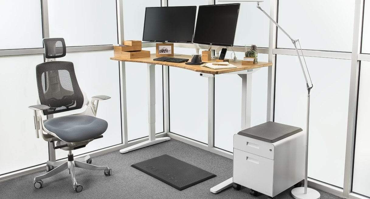 Seven Benefits of Adjustable Standing Desk