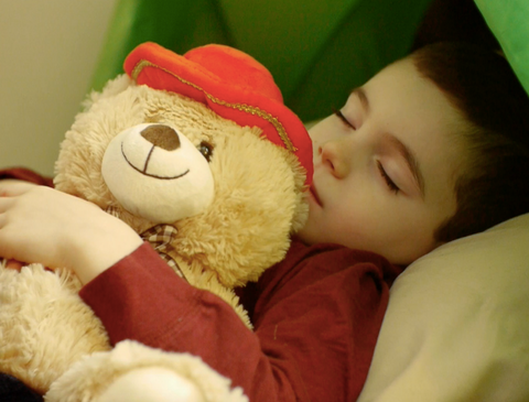 teddymozart-tells-bedtime-stories-with-your-voice