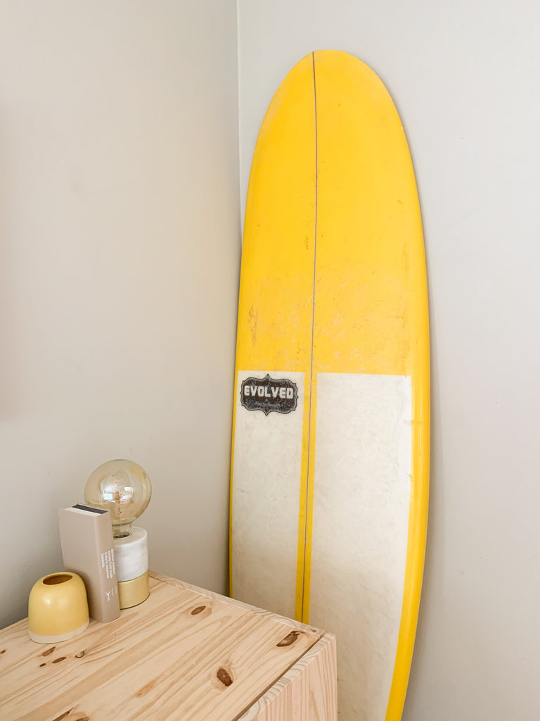 Beach style with surf board