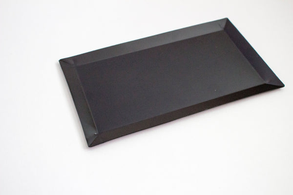 BLACK METAL TRAY