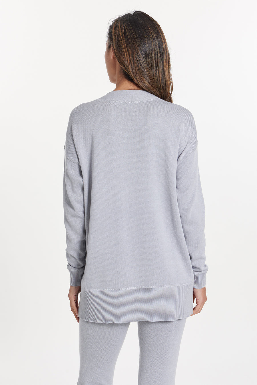 Light Grey Cashmere Vail V-Neck, var-31024115318842,var-31024115351610,var-31024115384378,var-31024115417146,var-31024115449914
