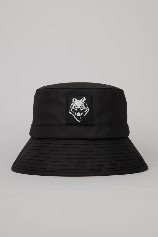 A unisex waterproof bucket hat, made of polyurethane with a rubber patch