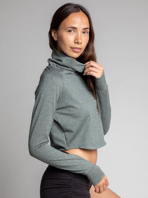 Tara Crop Sweater, Herringbone Green - IMBŌDHI Bodysuits