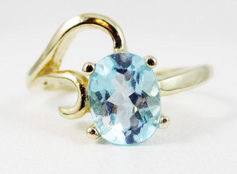 Sky Blue Topaz 14k Yellow Gold Oval Ring, Solid 14 Karat Gold Ring, December Birthstone Ring, Oval Sky Blue Topaz Ring, 14k Yellow Gold Ring