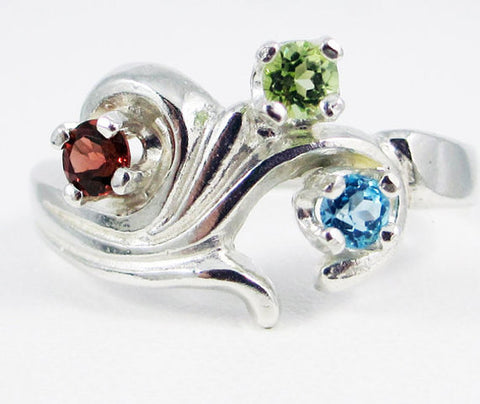 Blue Topaz, Peridot, Garnet Mother's Ring Sterling Silver, Mother's Ring, Sterling Silver Mother's Ring, Three Stone Ring, 3 Stone Ring
