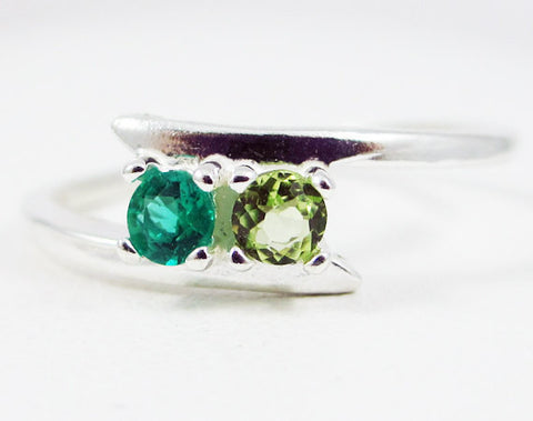 Emerald and Peridot Ring Sterling Silver, Mother's Ring, Sterling Silver Mother's Ring, Peridot Emerald Ring, 925 Ring