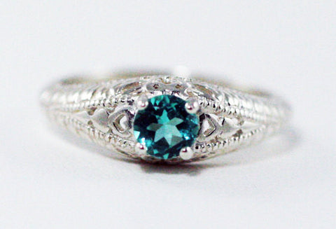Apatite Filigree Ring Sterling Silver, Apatite Solitaire Ring, 925 Apatite Ring, Green Apatite Ring, Sterling Filigree Ring, 925 Sterling