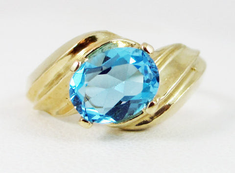 Swiss Blue Topaz 14k Yellow Gold Oval Ring, Oval Blue Topaz Ring, 14k Gold Ring, December Birthstone Ring, Swiss Blue Topaz Oval Ring