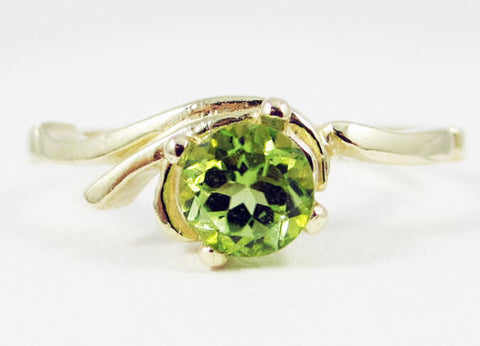 Peridot Swirl Ring 14k Yellow Gold, August Birthstone Ring, 14k Gold Peridot Ring, Solid 14 Karat Gold Ring, 14k Gold Peridot Solitaire Ring