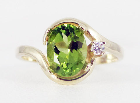 Peridot 14k Yellow Gold CZ Accents Oval Ring, August Birthstone Ring, 14k Gold Peridot Oval Ring, Yellow Gold Peridot Ring, 14 Karat Gold