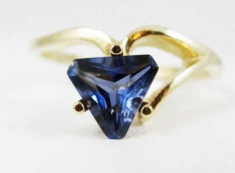 Blue Saphire 14k Yellow Gold Trillion Ring, September Birthstone Ring, Solid 14 Karat Gold Ring, Blue Sapphire Ring, Trillion Ring