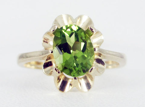 Peridot 14k Yellow Gold Oval Crown Ring, Solid 14 Karat Gold Ring, August Birthstone Ring, Yellow Gold Peridot Oval Ring, Oval Peridot Ring