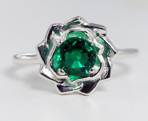 Emerald Flower Ring Sterling Silver, May Birthstone Ring, Pinwheel Ring, Sterling Emerald Ring, 925 Emerald Ring, 925 Flower Ring