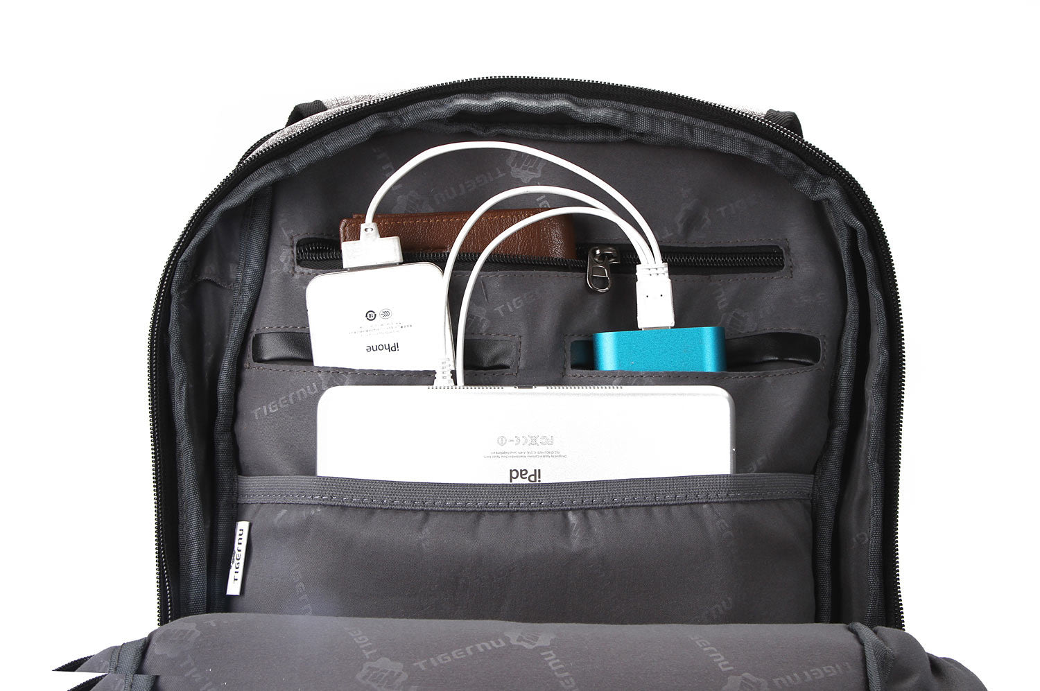 Powerbank backpack charge devices