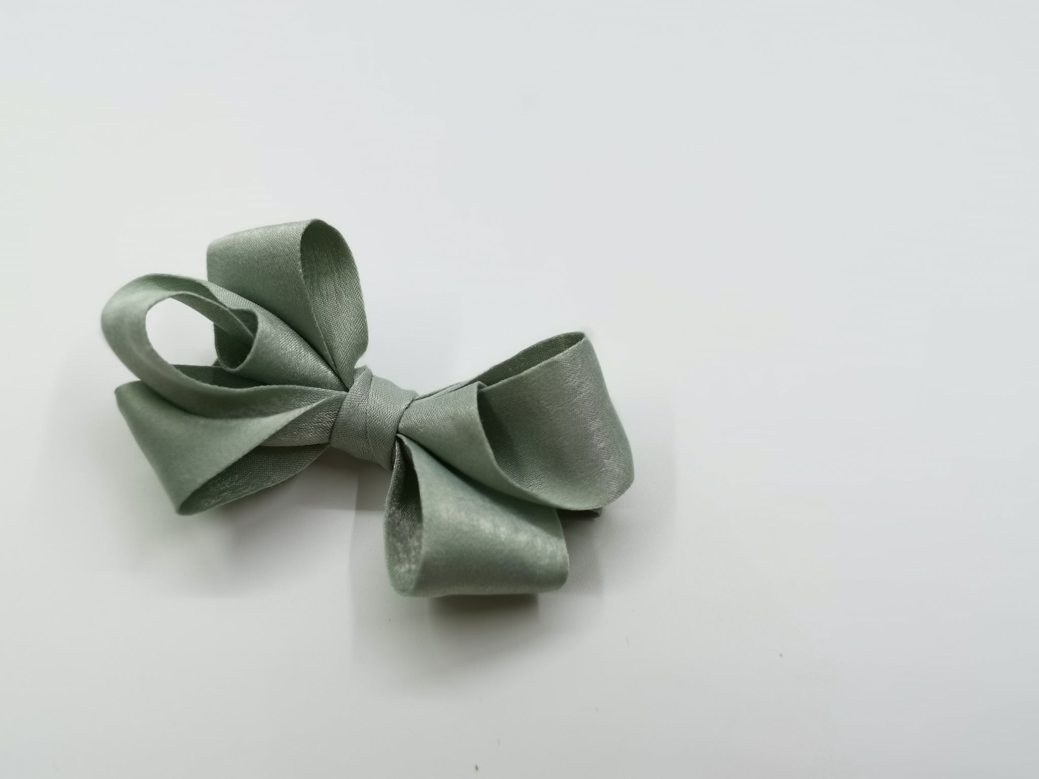 Look-at-Me Bow