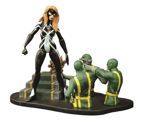 Arachne Diamond Select Action Figure (Posed)