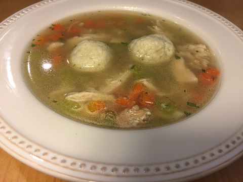 Chicken Soup with Fluffy Matzah Balls