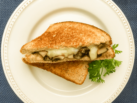 Grilled Cheese Sandwiches with Garlicky Mushrooms