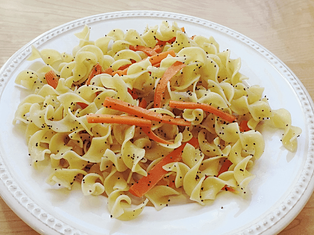 Noodles with Carrots and Poppy Seeds