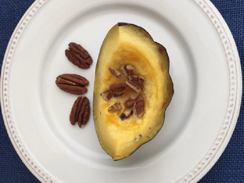 Roasted Acorn Squash with Pecans