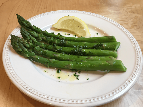 Skillet Asparagus with Lemon and Butter