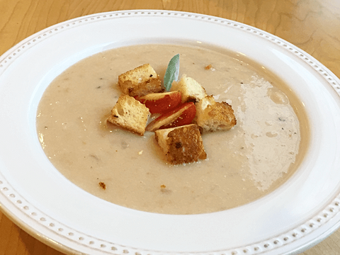 Tuscan White Bean Soup with Croutons