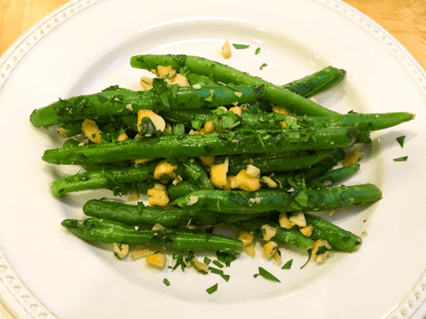Buttered Green Beans with Cashews