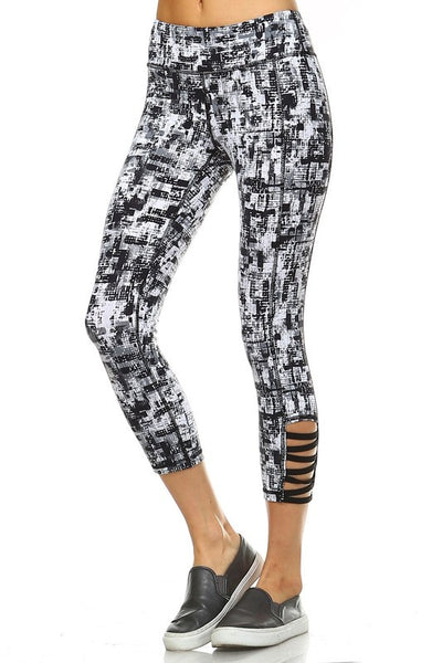 Abstract Criss Cross Legging