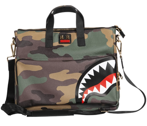 Woodland Camo Travelcase