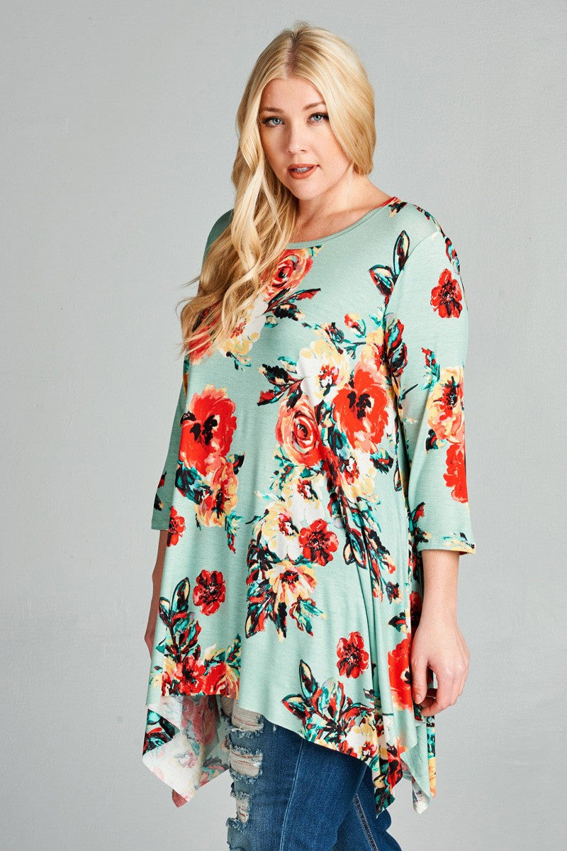 Plus Size Floral Sharkbite Tunic