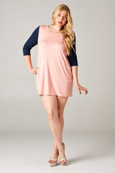 Plus Size Colorblock Tunic