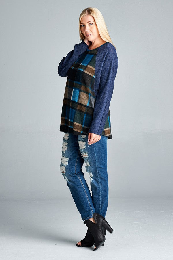 Plus Size Plaid Knit Pullover