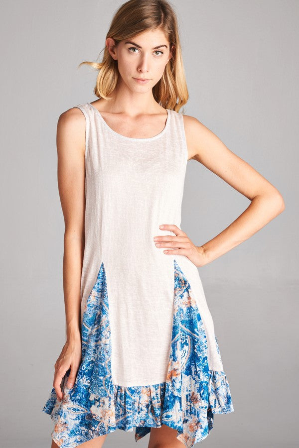Sleeveless Paisley Print Tunic