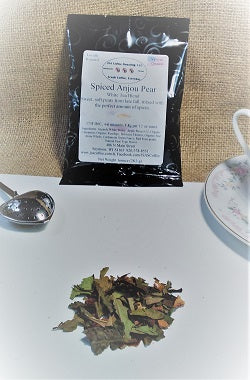 Spiced Anjou Pear White Tea Blend