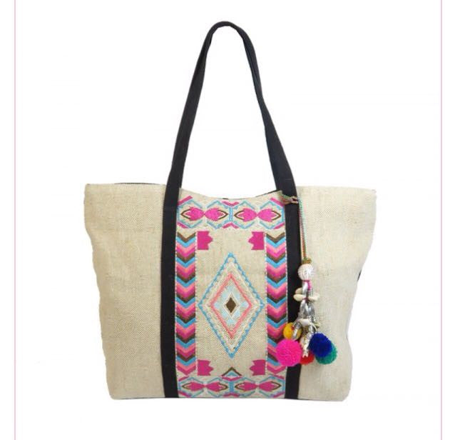 Boho Hippe Jute Embroidery Bag