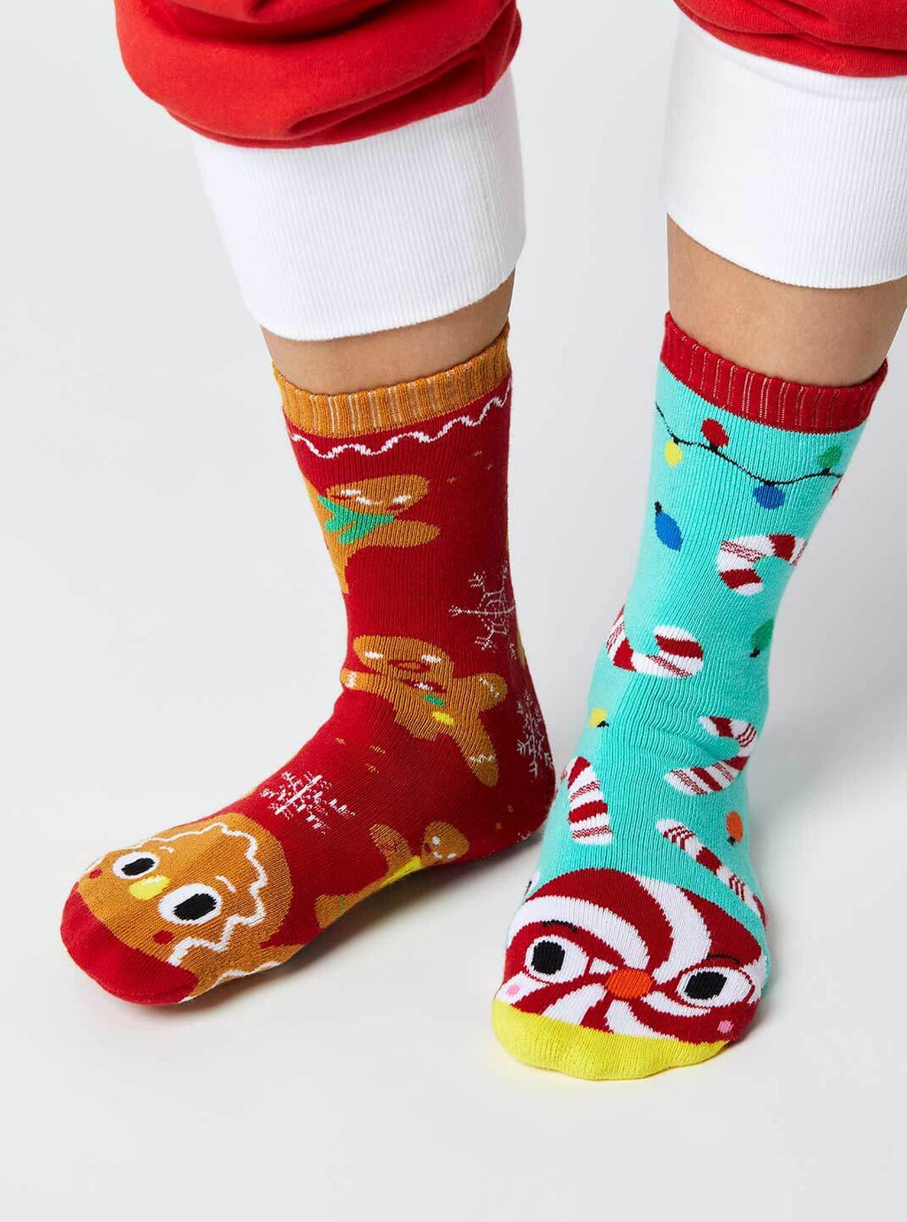 GINGERBREAD & CANDY CANE pals socks Christmas