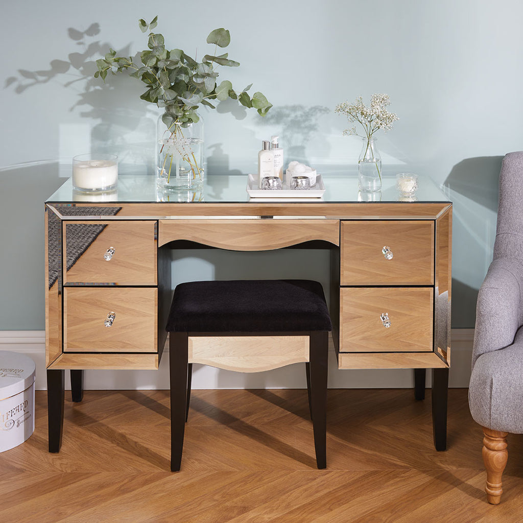 Stunning Mirrored Manhattan Dressing Table